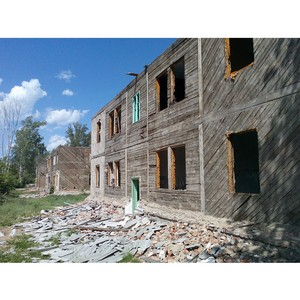 Активисты ОНФ призвали администрацию Бийска принять меры по ликвидации домов - свалок