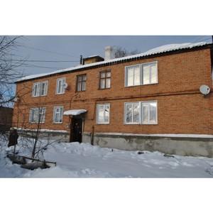 Воронежские активисты ОНФ добиваются решения коммунальных проблем дома в Острогожске