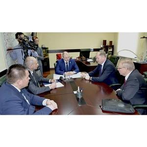 "Глава ""МРСК Сибири"" Виталий Иванов встретился с властями Кузбасса"