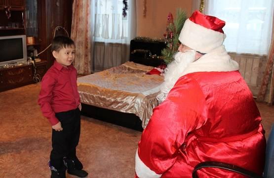 Активисты ОНФ на Камчатке поздравили с Новым годом детей из многодетных семей