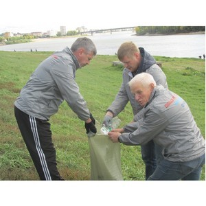Омские активисты ОНФ присоединились к всероссийской акции «Генеральная уборка страны»