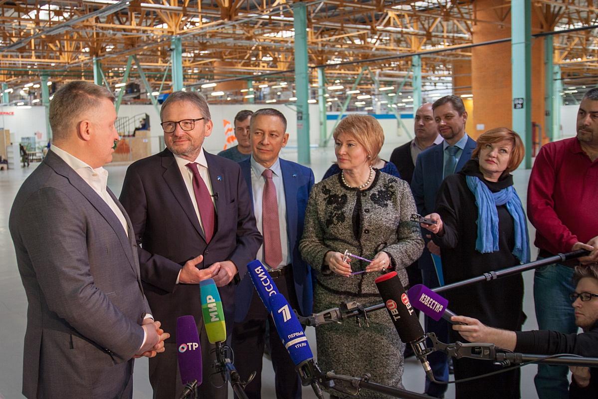 Кандидат в президенты РФ Борис Юрьевич Титов посетил фабрику «Ортомода»