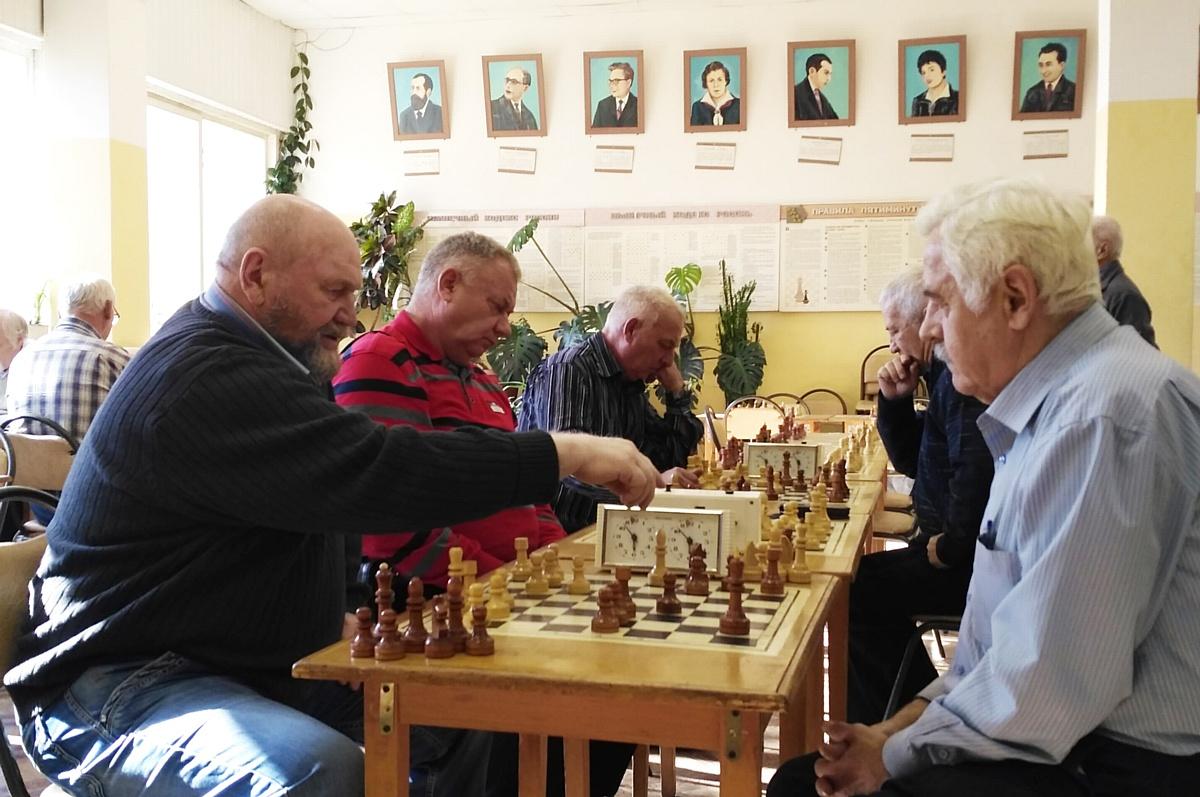 Стойленский ГОК организовал спартакиаду для бывших работников
