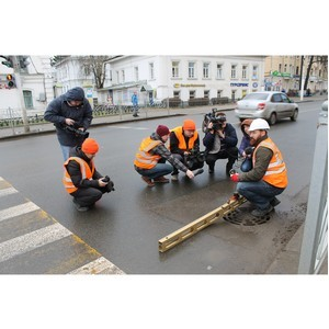 Инспекция ОНФ оценила дороги в Костроме по их стоимости на «четверку», а по качеству – на «двойку»