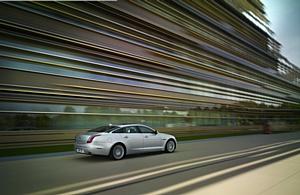 Jaguar XJ. Все включено!