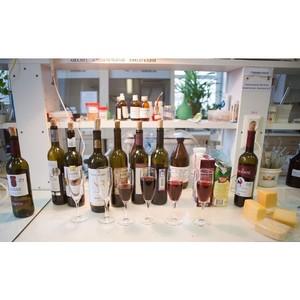 Что можно есть? Что можно пить? Оценка соответствия вина, сыра, шоколада