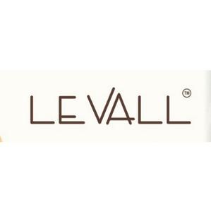 В ТРЦ «Аура» открылся новый магазин  женской одежды Levall