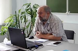 Очередной учебный год Школы НКО успешно завершили семинары Нодари Хананашвили