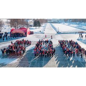 В центре Екатеринбурга числом 500 стали университетские волонтеры