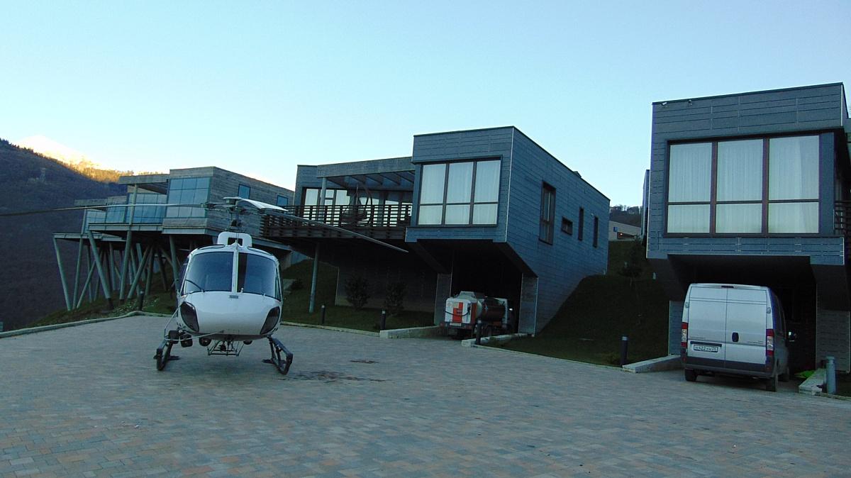 Комплекс вилл и таунхаусов Skypark (Скайпарк) в Красной поляне в Сочи. Элит-класс.