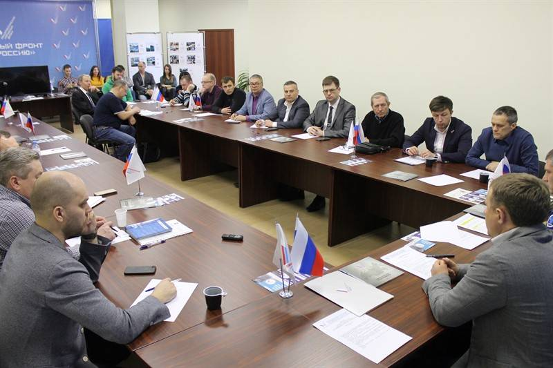 Челябинские активисты ОНФ встретили «Крымскую весну»