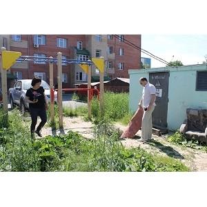 """""""Молодежка ОНФ"""" в Югре выявила опасные для детей объекты в Ханты-Мансийске"""