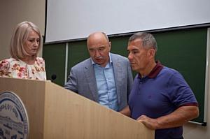 Президент РТ оценил возможности педагогического образования в Елабужском институте КФУ