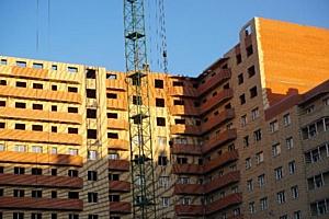 На ЖК «Зеленый квартал» холдинга «Аквилон-Инвест» приступили к кладке стен последнего этажа