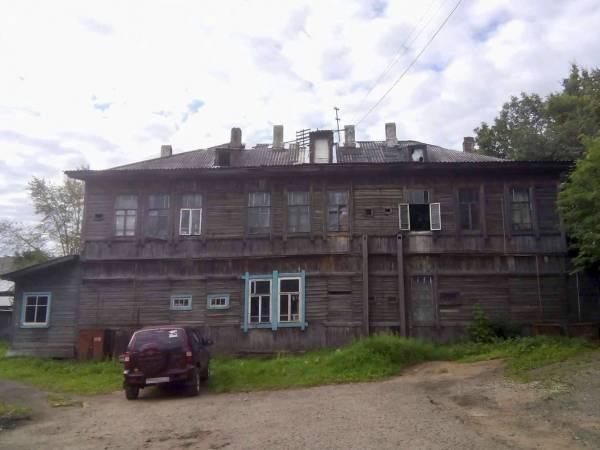 Кировские активисты ОНФ помогают жителям дома в Котельниче найти обслуживающую организацию