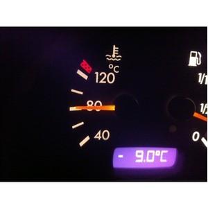 Стоит ли прогревать двигатель перед движением?