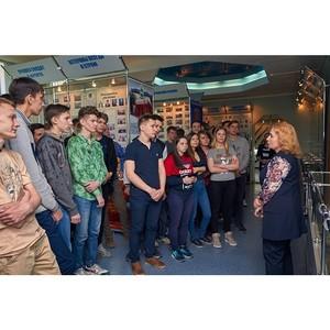 Накануне 9 Мая амурские активисты ОНФ организовали для студентов экскурсии в музей областного УМВД