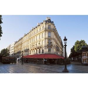 В отеле Fouquet's Barrière открывается ресторан La Petite Maison de Nicole