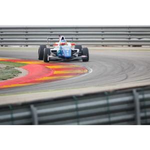 На тестах Eurocup Formula Renault 2.0 пилот SMP Racing Матевос Исаакян установил новый рекорд