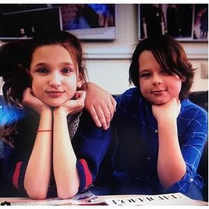 Популярные юные блогеры Лиза Анохина и Даня Чибриков снялись в рекламе TOY.RU