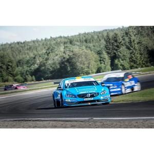 Volvo и Castrol: надежное моторное масло для высокопроизводительных автомобилей