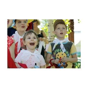 «Аганнефтегазгеология» организует летний отдых детей своих работников