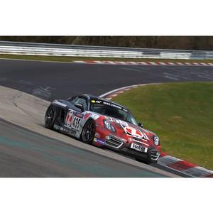 Команда Zimmermann-Porsche выиграла 1-ый этап чемпионата гонок на выносливость VLN 2016