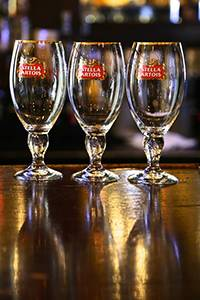 Stella Artois определила мастера «9 шагов налива»