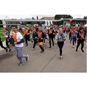ОМК и фонд «ОМК-Участие» провели благотворительный забег на Воробьевых горах в Москве