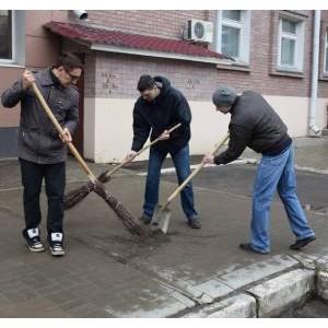 Марийские энергетики приняли участие в весеннем субботнике