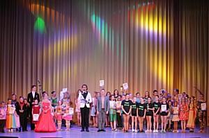Новогодние конкурсы-фестивали в столице солнца – яркий калейдоскоп талантов в Сочи!