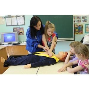 Сотрудники Тверьэнерго продолжают обучать детей электробезопасности