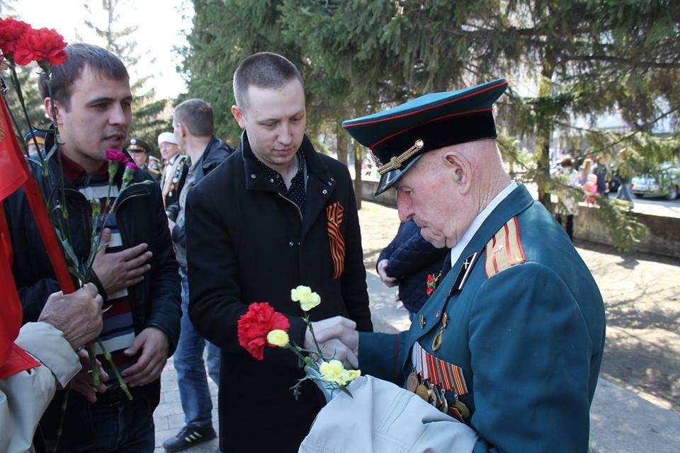 Челябинские активисты ОНФ приняли участие в праздничных мероприятиях, посвященных Дню Победы