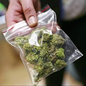 Полицейскими задержан посетитель изолятора, подозреваемый в хранении наркотиков