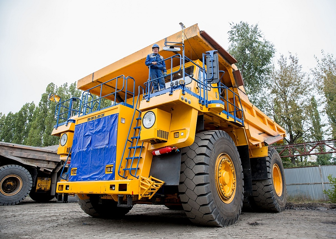 Стойленский ГОК наращивает мощности для перевозки горной породы в карьере