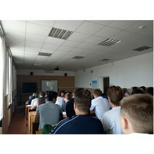 Активисты ОНФ в Алтайском крае провели уроки «Россия, устремленная в будущее»