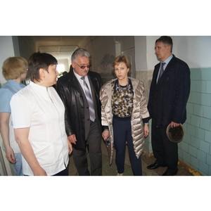 Активисты ОНФ провели мониторинг качества услуг страховых медицинских компаний в Томской области