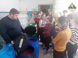 В Городском бизнес-инкубаторе МНФПМП г. Кемерово прошла экскурсия для старшеклассников