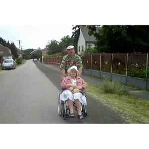 Уникальное творчество инвалидов для других людей с ограниченными возможностями