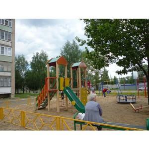 Костромские активисты ОНФ проверили состояние детских площадок в области
