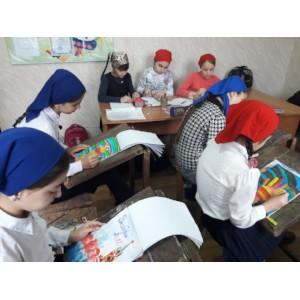 Жители Чечни принимают участие в конкурсе плакатов ОНФ «День выборов»