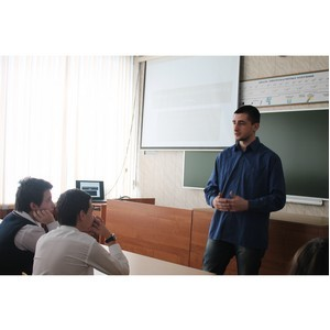 Рязанские «призывники» провели для школьников урок мужества