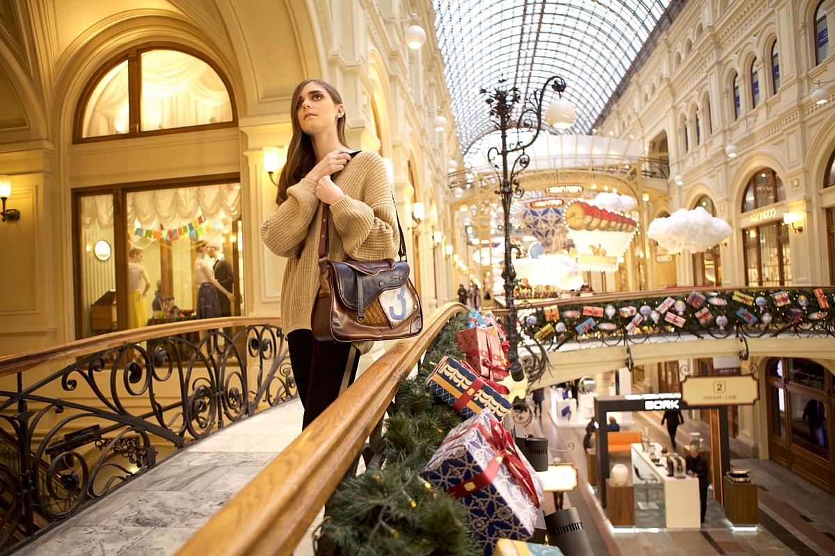 Встречать Новый Год с сумкой от Ante Kovac