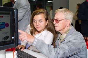 Более двух тысяч жителей Саратова посетили первый в городе кибермаркет Юлмарт