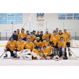«Ульяновскцемент» поддержал хоккейную команду «Цементник»