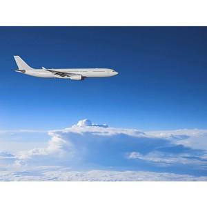 Рейсом авиакомпании «Трансаэро» в Рим доставлен Благодатный огонь