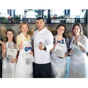 Шеф-повар Голиков и «Савушкин Хуторок» выбрали лучшего блогера по приготовлению идеальных сырников