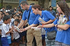 Волонтерский тур российских стоматологов в Камбодже
