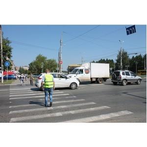 Активисты ОНФ в Удмуртии совместно с ГИБДД провели рейд по опасным пешеходным переходам в Ижевске