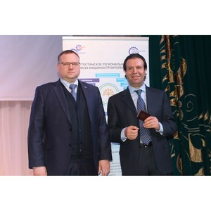 Заместитель Премьер-министра Правительства РБ Фархад Самедов стал членом СоюзМаш России